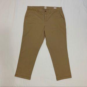 GAP Girlfriend Khakis, cropped chino pant,size 18